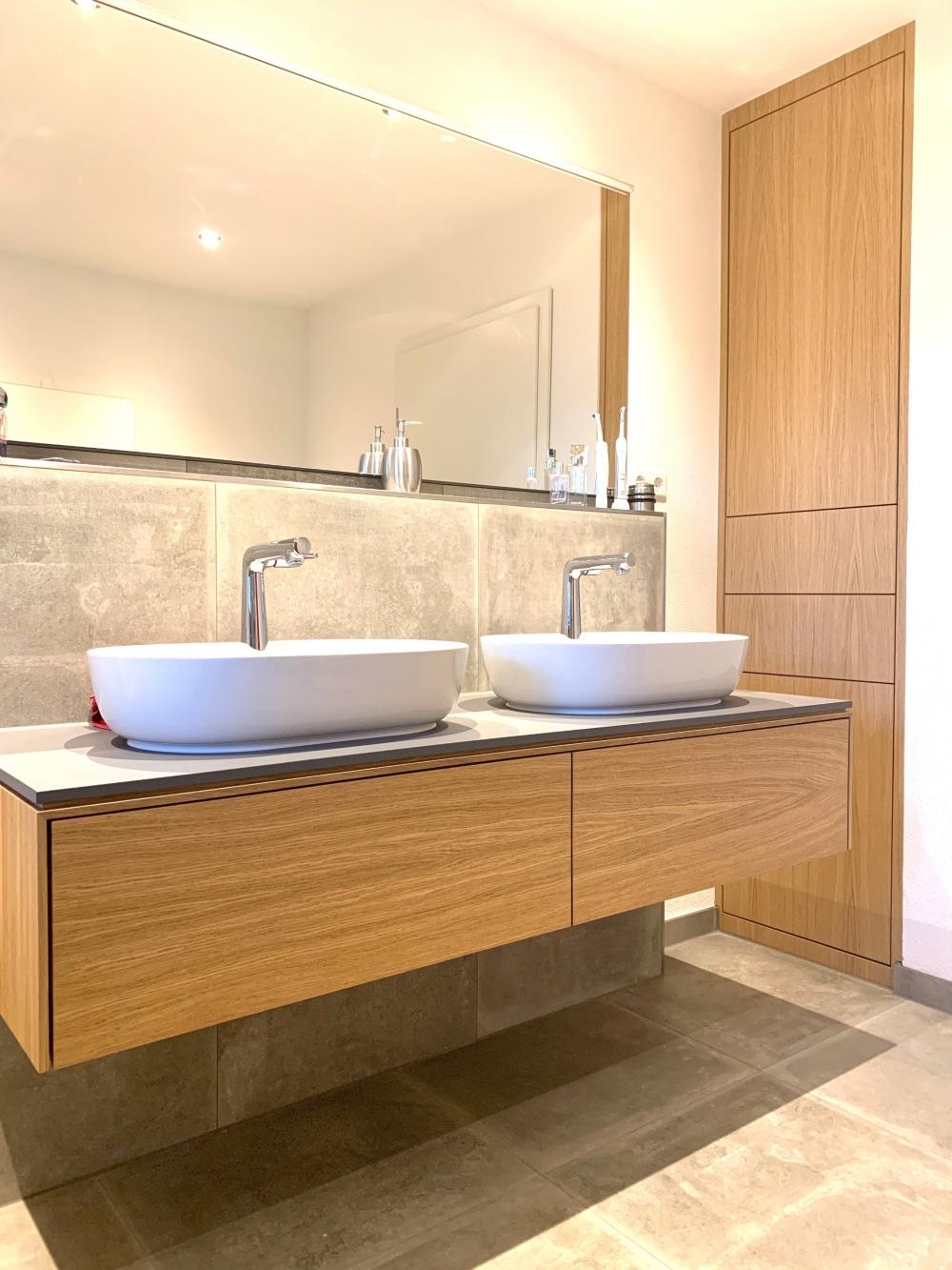Exklusive Badezimmer Möbel aus Massivholz   Schreinerei Geppert